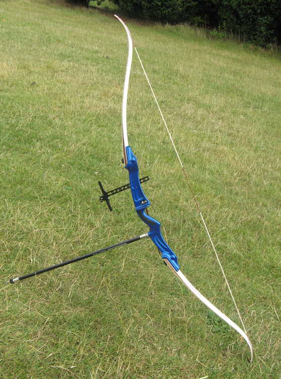 Samick Lavita Recurve Bow Kit, from Merlin Archery Ltd